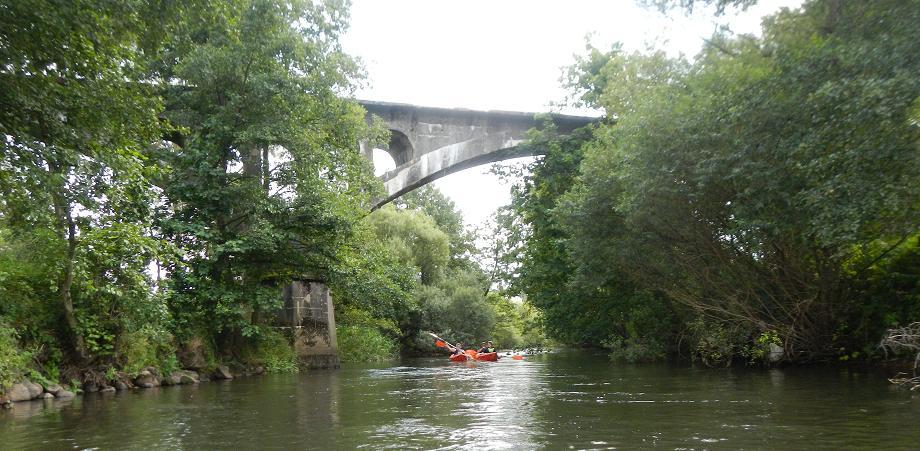 Spływ kajakowy Parsęta most kolejowy